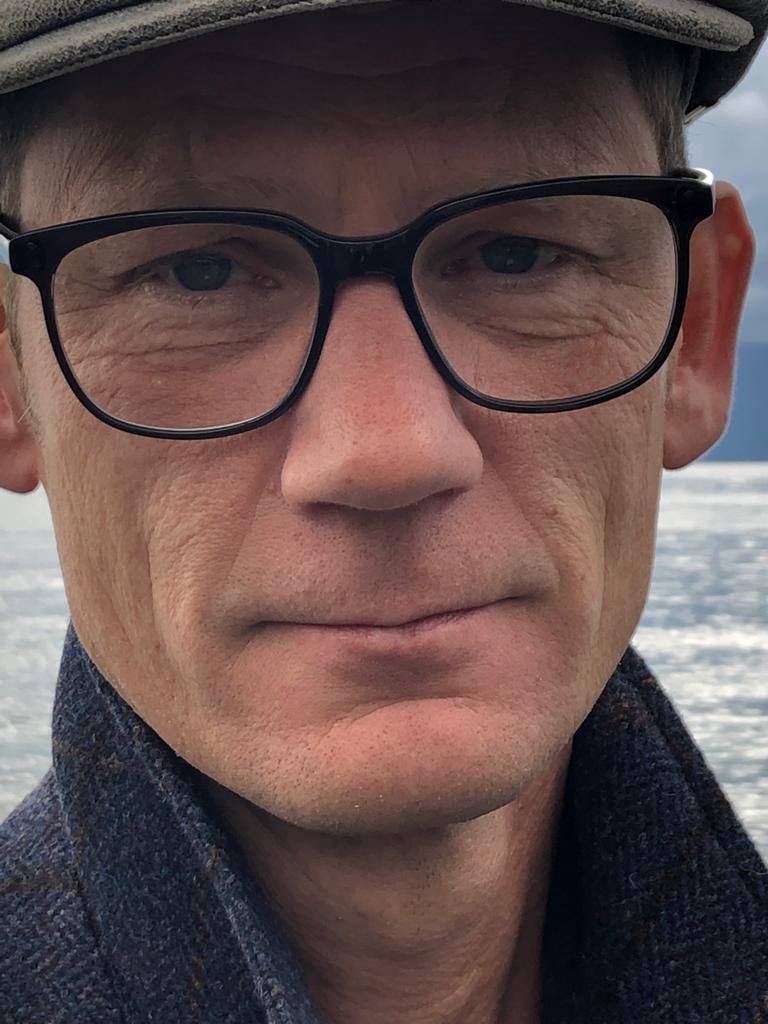 Portrait Dirigent André Müller